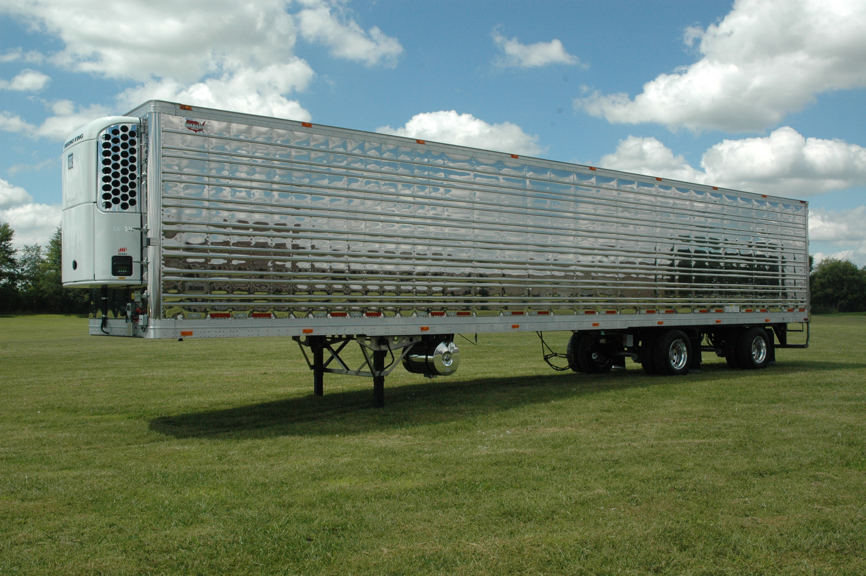 Wichita Trailer, Inc  | Wichita, KS |Trucks & Trailers for Sale